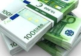 Muncitorii disponibilizati de Volvo primesc bani de la CE