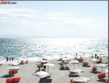 N-ai unde sa arunci un ac pe plaja! 200.000 de oameni pe litoral, grad de ocupare 100%