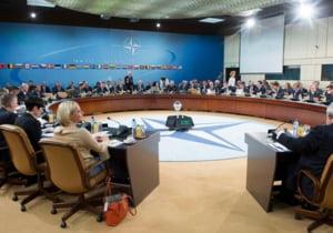 NATO dubleaza Forta de reactie si mobilizeaza trupe in estul Europei, pentru contracararea Rusiei