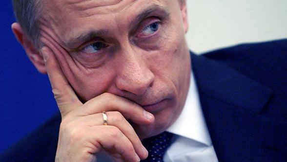 Negocierile de pace, intrerupte de prabusirea rublei