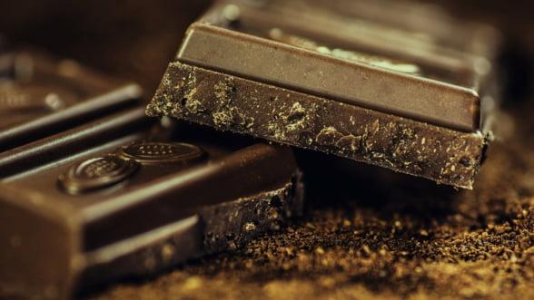 Nestle nu mai vinde ciocolata cu un continut redus de zahar: Nu o vrea nimeni