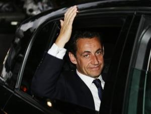 Nicolas Sarkozy cere liderilor europeni s? ajute produc?torii auto