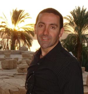 Nik Halik - multimilionar, strateg financiar, trainer, investitor, explorator spatial privat si personal developer