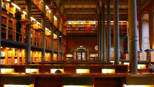 Noaptea alba a bibliotecilor, sambata spre duminica