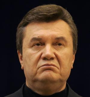 Noi imagini de la fuga lui Viktor Ianukovici: Cum a plecat cu averea din palat