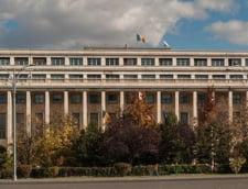 Noii ministri, Dragnea si Tariceanu au ajuns la Guvern cu microbuzul. Unul a cazut pe scari