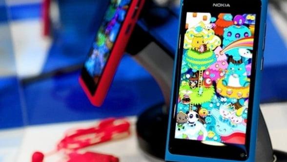 """Nokia spune ca are un plan """"B"""" in cazul esecului Windows Phone"""