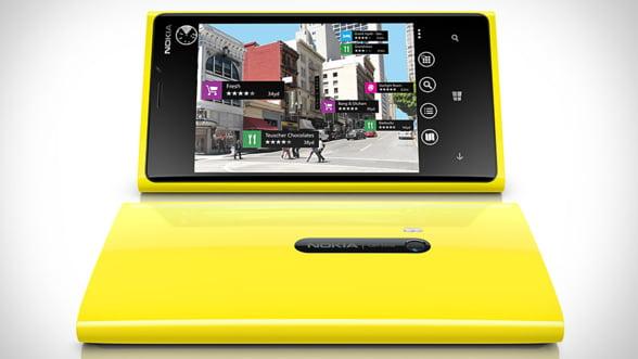 Nokia va reduce preturile unor smartphone-uri. Actiunile companiei, in scadere