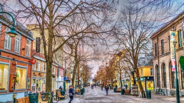 Norvegia vrea sa taxeze in premiera unele masini electrice, cu dedicatie pentru modelele Tesla