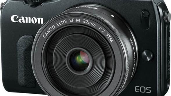 Noua camera foto Canon EOS M, in Romania din septembrie