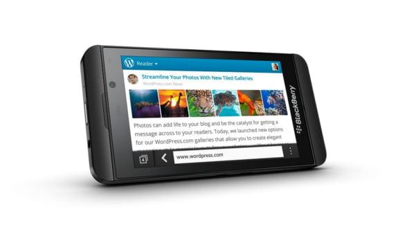 Noul BlackBerry Z10, disponibil in magazinele Vodafone si Orange din 29 martie