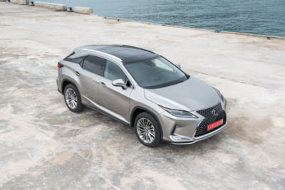 Noul Lexus RX a ajuns si in Romania. Te tenteaza un drive test?