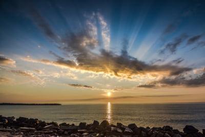 Numarul de rezervari pe litoral s-a triplat dupa anuntul presedintelui privind deschiderea plajelor la 1 iunie