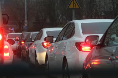 Numarul masinilor care circula prin Bucuresti e tot mai mare. Iata cate sunt mai vechi de 11 ani