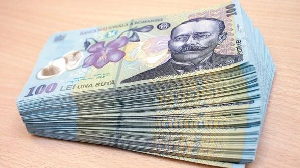 Numarul restantierilor, persoane fizice, la banci si IFN-uri a ajuns la 735.500, in mai