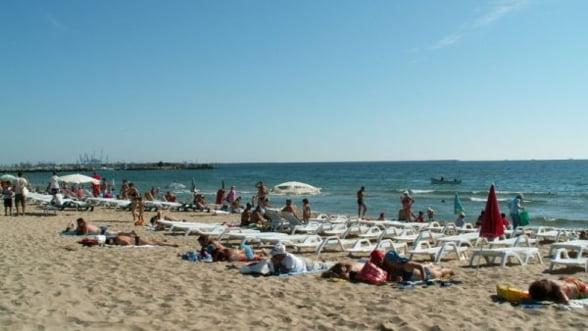 Numarul turistilor de pe litoral din minivacanta de 1 Mai si Paste va creste cu 33% in 2013