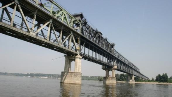 O asociere romano-italiana va reabilita podul peste Dunare de la Giurgiu pentru 13 milioane euro