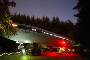 O casa incredibila, construita intr-un avion Boeing 727 (Video si galerie foto)