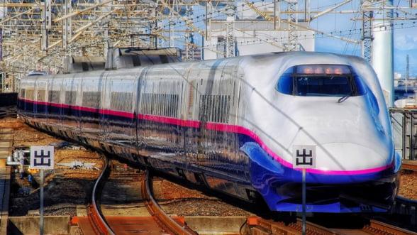 O companie feroviara japoneza isi cere scuze, dupa ce un tren a plecat mai devreme cu 25 de secunde din gara