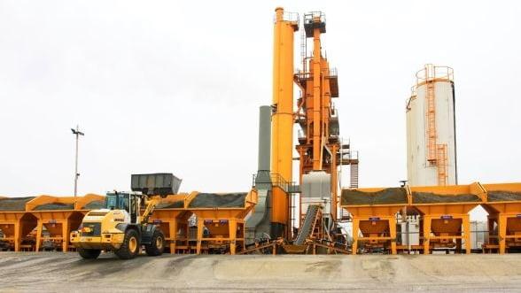 O companie oradeana investeste peste un milion de euro in productia de asfalt