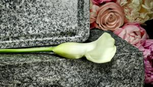 O firma de pompe funebre te poate ajuta intr-un moment dificil al vietii