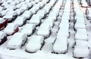 O furtuna de zapada paralizeaza nord-estul SUA - mii de zboruri anulate