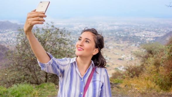 O mare companie le-a interzis angajatilor sa mai foloseasca WhatsApp si Snapchat pe telefoanele de serviciu