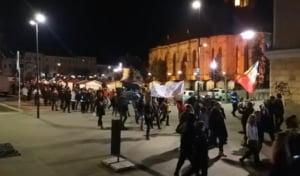 """Oamenii au protestat duminica in toata tara: """"Ploua, ninge, PSD-ul nu ne-nvinge!"""""""