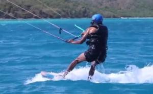 Obama a facut kiteboarding cu miliardarul Richard Branson