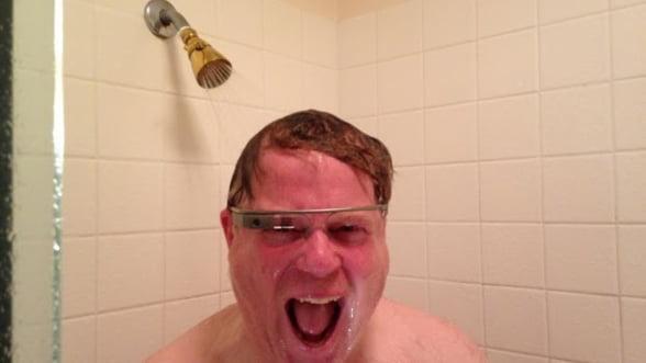 """Ochelarii Google dau """"dependenta"""". Ce l-a entuziasmat cel mai mult pe bloggerul IT Robert Scoble"""
