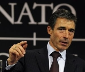 Oficial NATO: Rusia vorbeste si se comporta precum un adversar