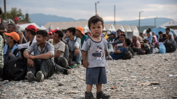 Oficial european: Se inchide ruta balcanica. Refugiatii o vor lua prin Rusia si Ucraina