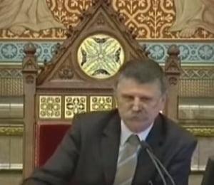Oficial ungar: SUA sunt responsabile de haosul care ii impinge pe imigranti spre Europa