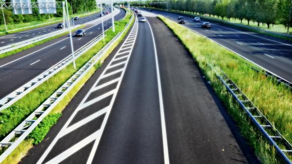 Olanda va reduce limita de viteza pe autostrazi pentru a reduce poluarea