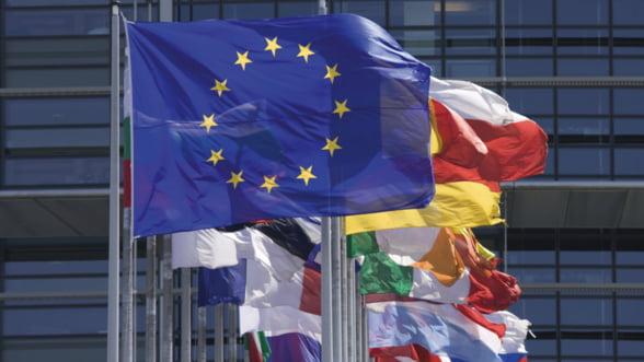 Olli Rehn si Jean Arthuis: Economiile puternice trebuie sa stabilizeze zona euro