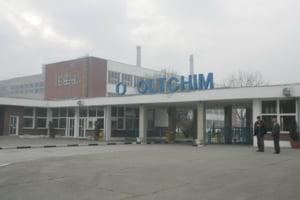 Oltchim va trimite in somaj tehnic 1.140 de angajati