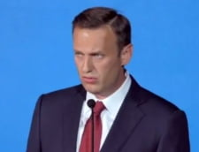 Opozantul lui Putin la prezidentiale a fost retinut la Moscova, cand iesea din casa