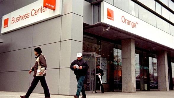 Orange Romania: mai multi clienti, dar venituri mai mici anul trecut