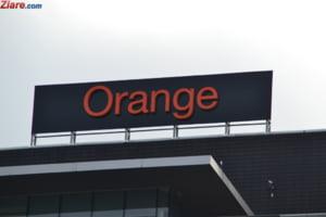 Orange dezminte ca s-ar pregati sa isi vanda turnurile de telefonie mobila