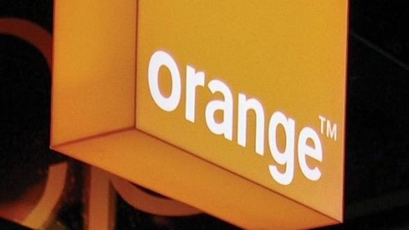Orange reduce costurile: Restructureaza 1700 de posturi in Polonia