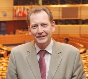 PNL vrea la PPE - ALDE reactioneaza dur: Se alatura lui Basescu si isi evidentiaza slabiciunea