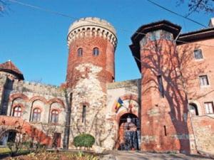 Palatele din Bucuresti, intre ignoranta autoritatilor si uz in scop personal
