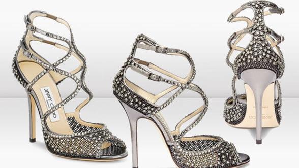 Pantofii potriviti salveaza tinuta! Alege cu stil