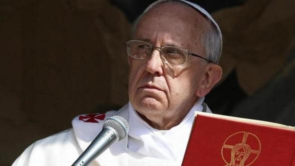 Papa Francisc, mesaj dur pentru afaceristi: Obsesia consumerismului distruge!
