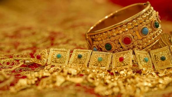 Paradoxul aurului, in 2017: Desi investitiile au scazut cu 25% si preturile au crescut, tot s-au vandut mai multe bijuterii
