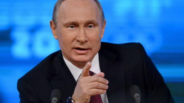 Paradoxul rusesc: Conflictele saracesc tara si cresc popularitatea lui Putin