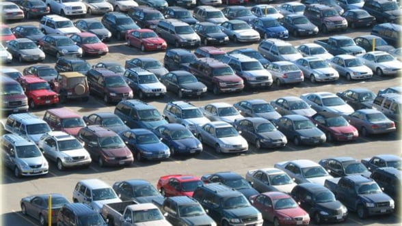 Parcul auto national a ajuns la 5,71 milioane de masini, peste jumatate mai vechi de zece ani