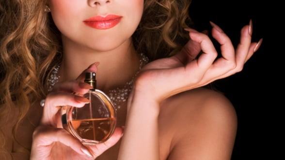 Parfumul, o arta dincolo de moft. Tendinte in 2012, cu Octavian Coifan