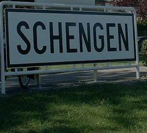 Joc de glezne la poarta Schengen. Vezi de ce am fost respinsi
