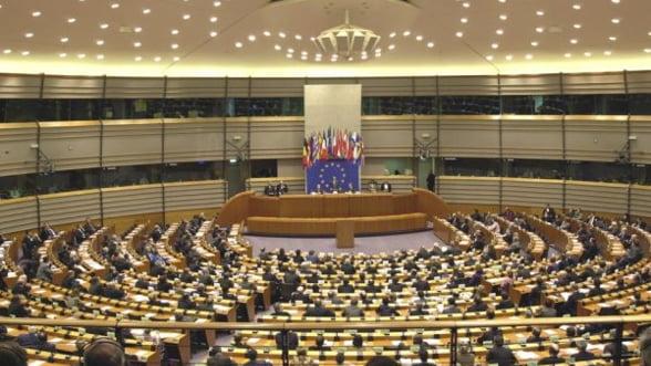 Parlamentul European a respins bugetul 2014 - 2020, negociat in februarie de liderii europeni